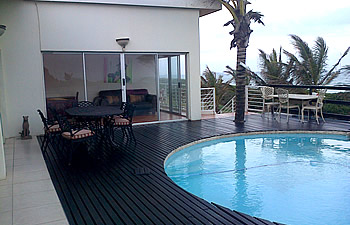 Swimmimg pool and deck at Bentley Guest House in La Lucia, Umhlanga Rocks