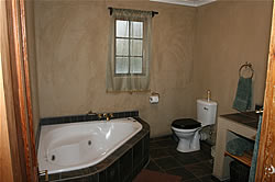 Affordable self catering group accommodation in Pongola