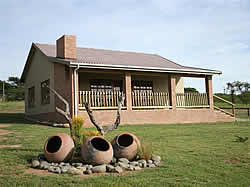 Intibane Lodge offers 4 self catering family cottages